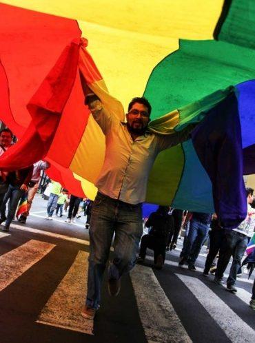 Inicia la Marcha del Orgullo del Ángel al Zócalo