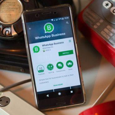 """WhatsApp: quiénes son los usuarios """"business"""" y por qué a partir de ahora tendrán que pagar por usar la aplicación"""